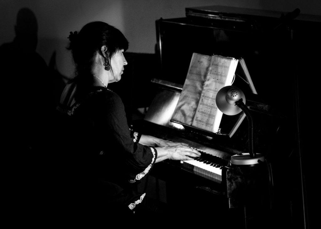 merche muñoz profesora de piano casa sofia elche